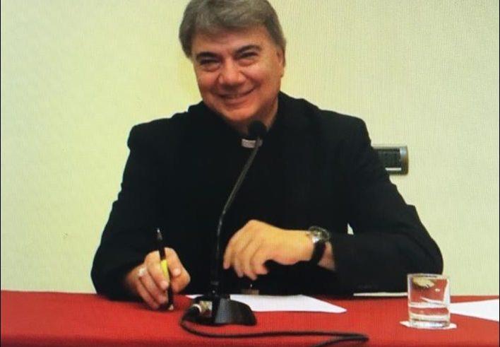 """Mons. Mimmo Battaglia, Arcivescovo di Napoli. """"Il prete che sta dalla parte della fragilità"""""""